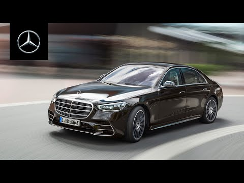 Mercedes-Benz представил новый S-Class — с подруливающей задней осью и 77-дюймовым экраном