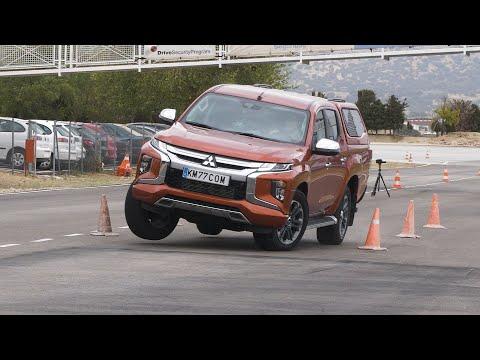 Пикап Mitsubishi L200 прошел «лосиный тест» лучше спортседана BMW M235i Gran Coupe