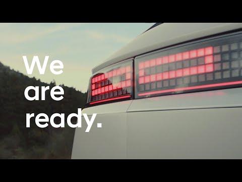 Hyundai опубликовала первые снимки интригующего электромобиля Ioniq 5