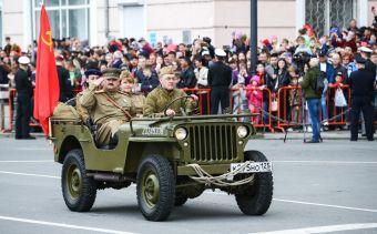 В День Победы в центре Владивостока ограничат движение и парковку транспорта
