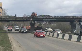 В Иркутске с 19 мая перекроют движение транспорта под путепроводом на Качугском тракте