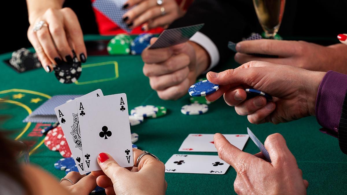 Играйте в покер с помощью смартфона на ПокерМатч