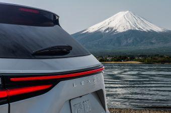 Lexus опубликовал первое фото нового NX и назвал дату дебюта