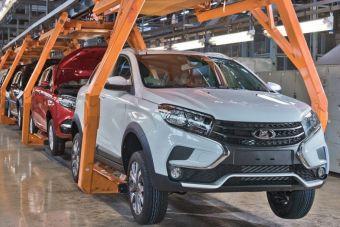 АвтоВАЗ возобновляет производство автомобилей, приостановленное из-за нехватки комплектующих