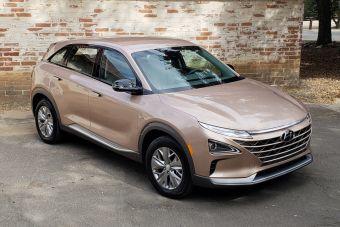 Hyundai сбросил цены на свой единственный водородомобиль