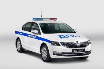 ВИДЕО: в Москве мужчина угнал полицейский автомобиль