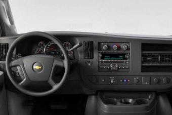 GM одним из последних отказался от CD-плеера в машинах