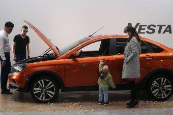Минпромторг отложил возобновление программы льготного автокредитования