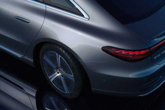 Воспользоваться задними поворачивающимися колесами на новом Мерседесе можно будет только за €489 в год