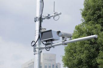 Дорожные камеры начнут штрафовать «учителей» в левом ряду