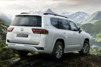 До России добрался дизельный Toyota Land Cruiser 300: ЦЕНЫ