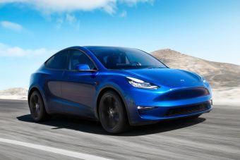 Tesla расширит штат юристов и пиарщиков, чтобы отбиваться от нападок властей Китая