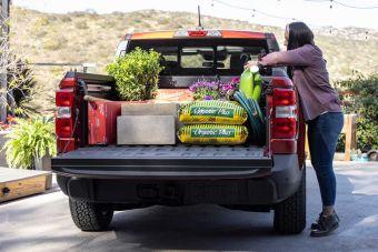 Ford собрал более 100 000 заказов на новый пикап-кроссовер Maverick