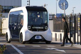 Toyota остановила использование беспилотника e-Palette на Паралимпиаде после наезда на пешехода