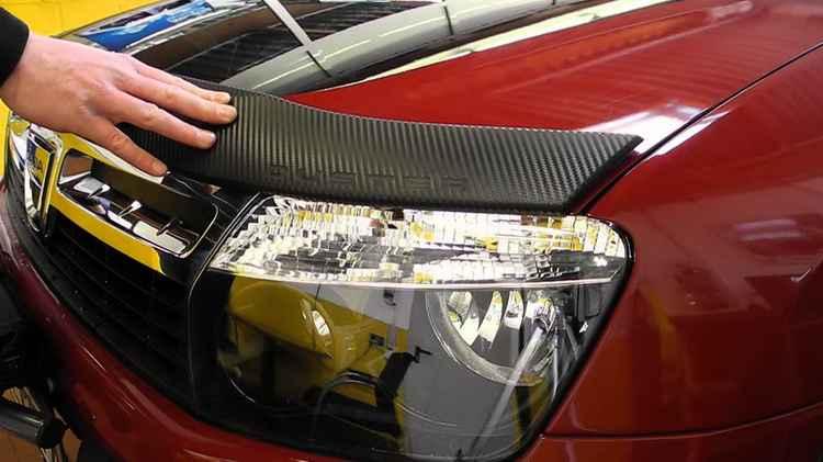 Как подобрать мухобойку на капот своего автомобиля