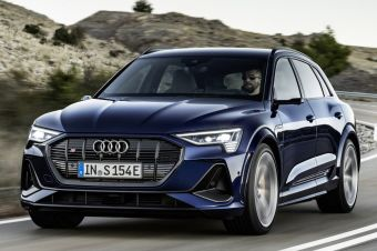 Электромобили Audi e-Tron начали продавать в РФ и в спортивных версиях