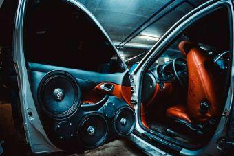 МВД отрицает, что будет штрафовать за дополнительные динамики в машине