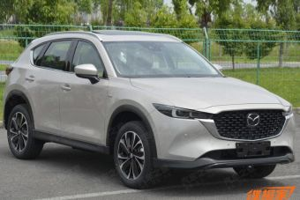 Mazda CX-5 переживет рестайлинг: первые ФОТО