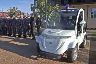 В Ростове полиция начала ездить на гольфкарах