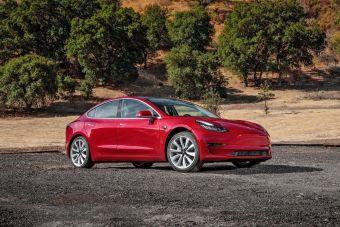 Tesla выпустит Model 3 с пакетом для плохих дорог
