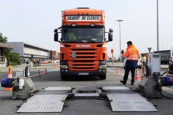 В России иностранных грузоперевозчиков будут принуждать оплачивать штрафы за нарушения ПДД