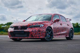 Honda показала Civic Type R нового поколения. Пока в камуфляже