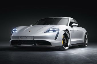 Супердорогие Porsche отзывают в России из-за дефектной подвески