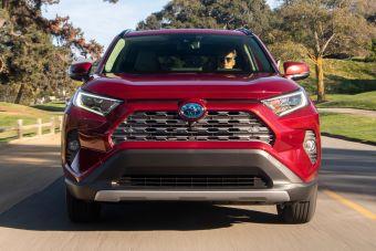Toyota впервые может стать № 1 по годовым продажам автомобилей в США