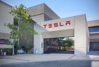 Tesla объявила о переносе штаб-квартиры из Калифорнии, власти которой не поддержали Маска в 2020 году